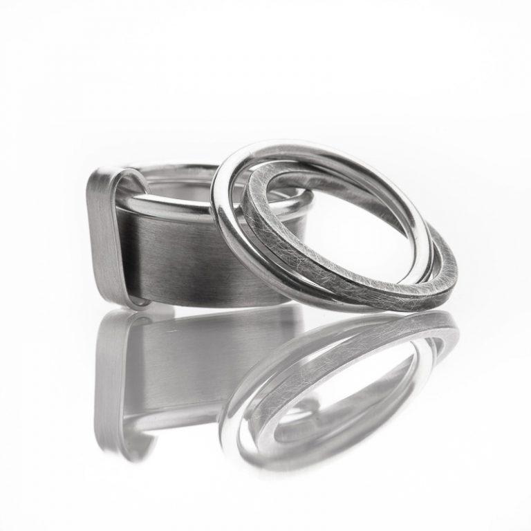 """Ringe """"My Man"""" in Silber, matt und oxidiert © Yasmin Yahya"""