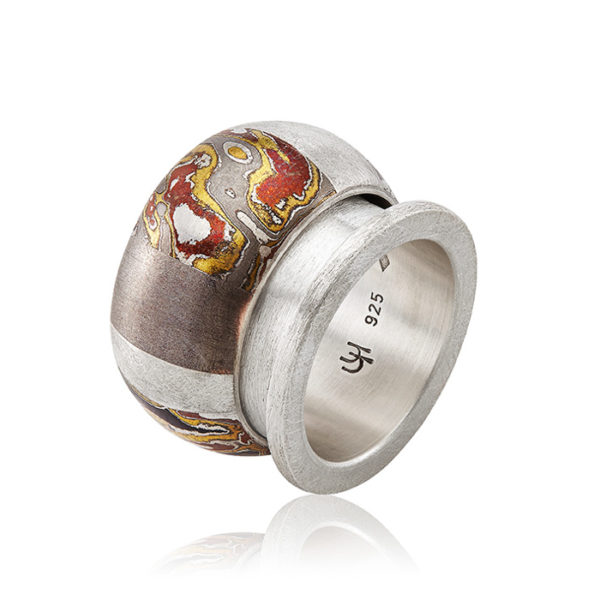 Double-Ring « la métisse et le mur » in sterling silver and mokume gane (Winner of the National Prize Ateliers d'Art de France in 2012), one-off piece