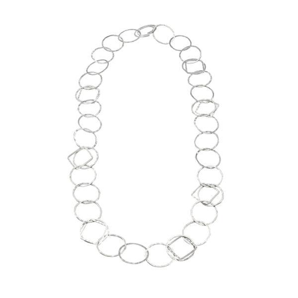 Grand collier en argent, mat et strié, peut être transformé en sautoir
