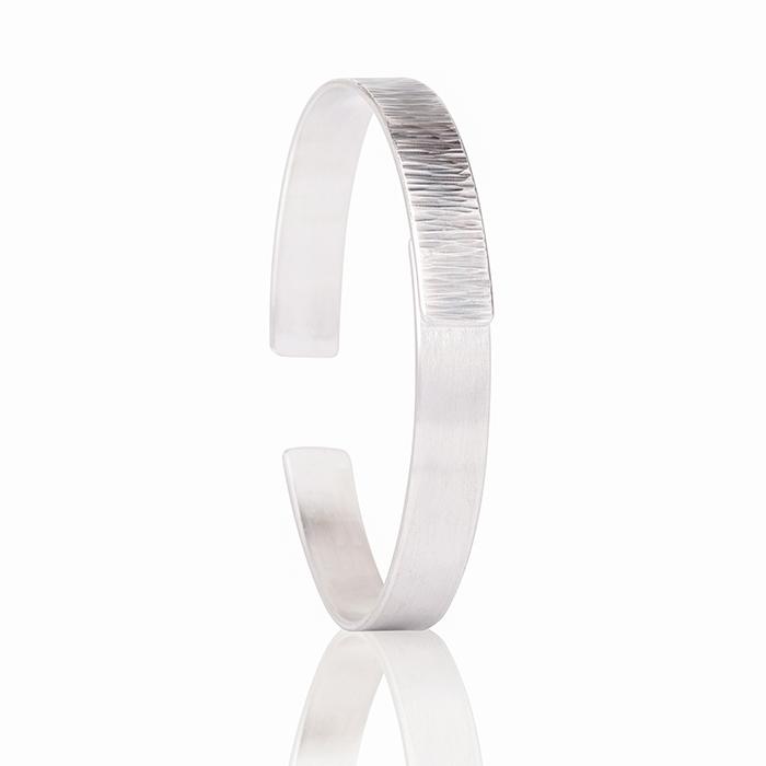 Bracelet en argent, mat et noirci, largeur 0,9 cm