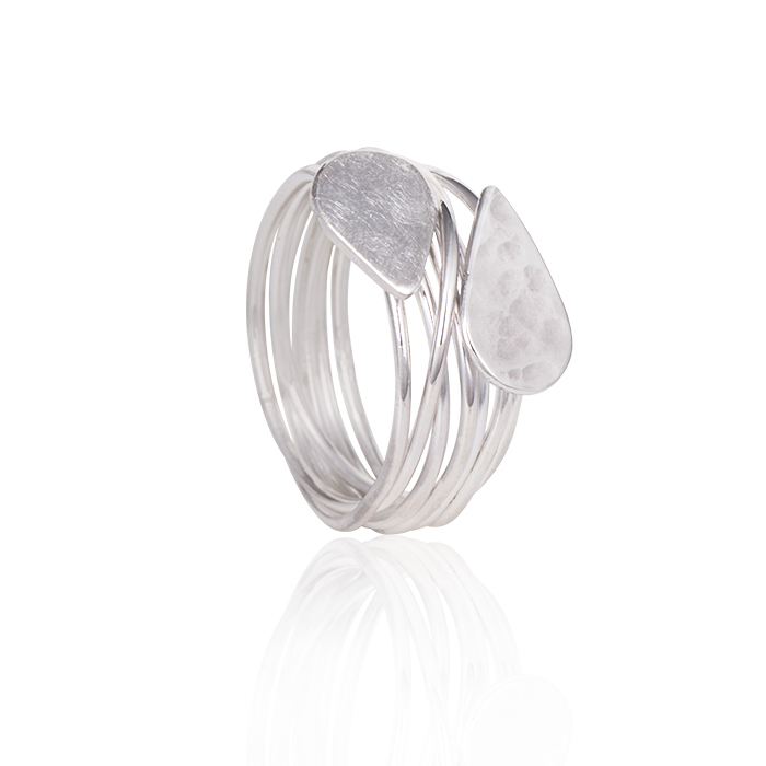 Ring in sterling silver, mat and polished/hammered