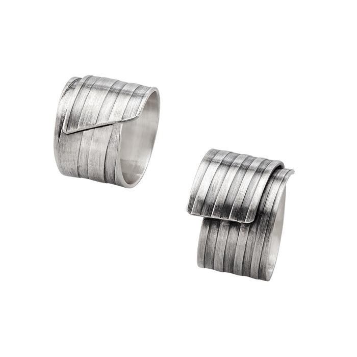 Rings « City » in sterling silver, tarnished, width 12 mm