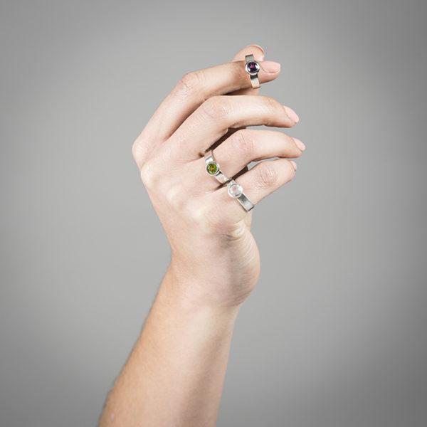 Ringe DELHI-Bubbles aus Silber RJC mit Granat, Peridot und Rosenquarz