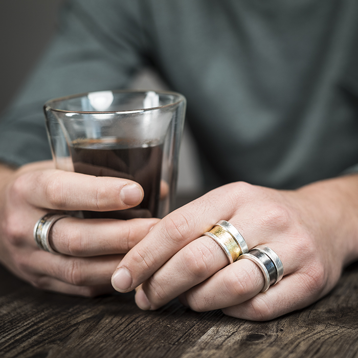 Rings for men in sterling silver, with oxidized sterling silver, 22 cts gold or Mokume Gane. RJC precious metal (Responsible jewelry council)