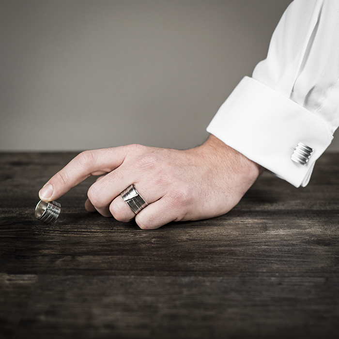 Rings and cuff links CITY in sterling silver RJC, with stripes and oxidized