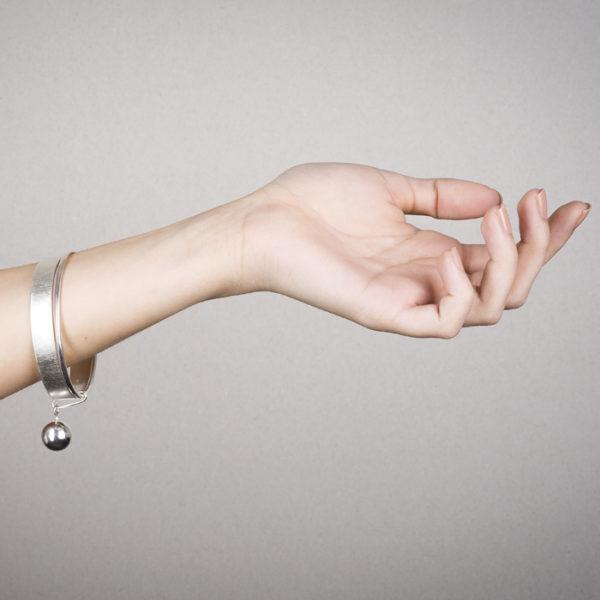Bracelet in ethical sterling silver RJC © Y. Yahya & M. Le Glouet