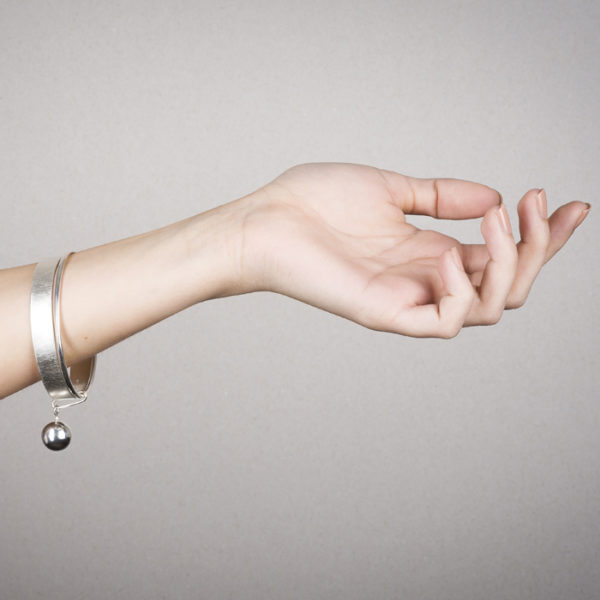 Armreif aus ethischem Silber RJC © Y. Yahya & M. Le Glouet