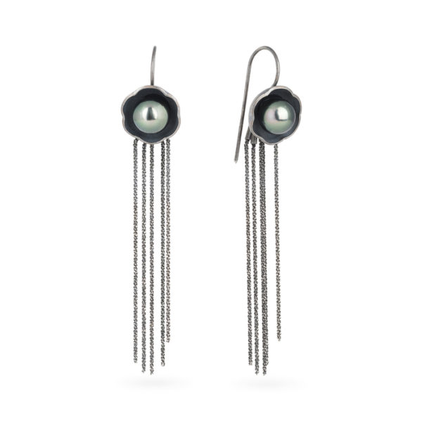 Long earrings in sterling silver RJC, oxidized, with a Tahitian pearl
