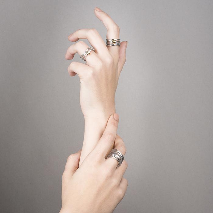 Ringe VOYAGE in Silber und 18 Kt Gold RJC mit drei, fünf oder sieben Schlaufen