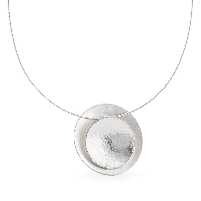 Necklace with pendant in sterling silver RJC, mat and hammered/polished