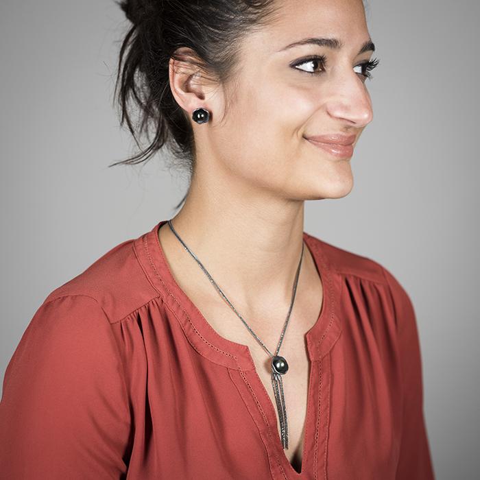 Halskette und Ohrringe der Kollektion BLACK BLOSSOM aus Silber RJC mit edlen Tahitiperlen