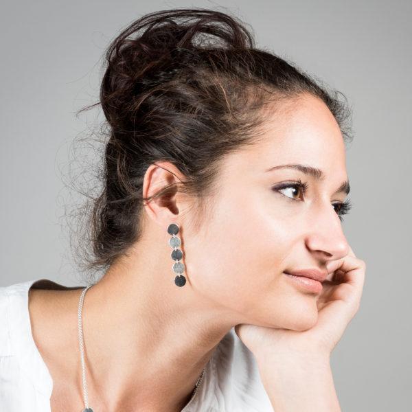 Boucles d'oreilles DOTS-pastille en argent RJC, mat et martelé