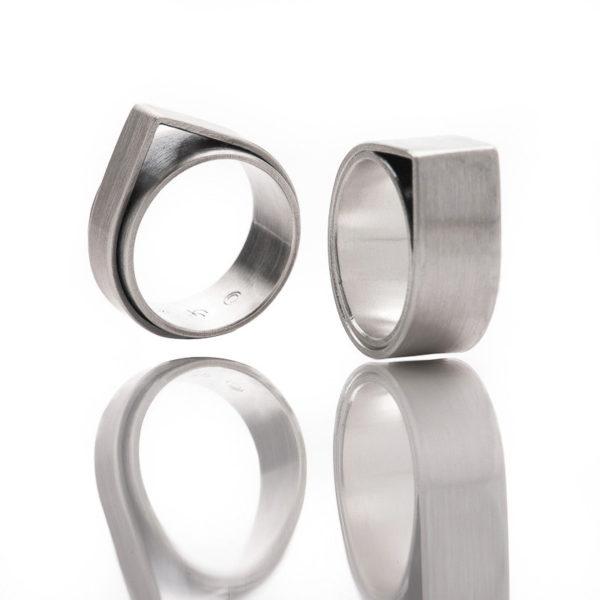 Ringe der Kollektion FOREST, aus nachhaltigem Silber matt