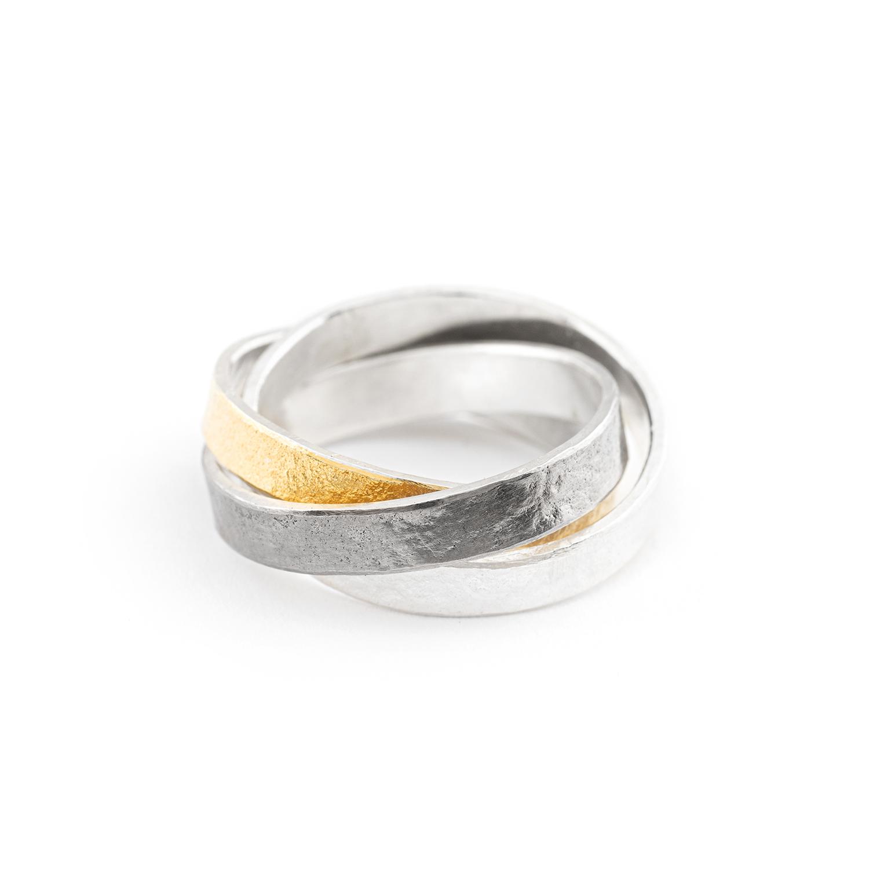 Neu interpretierter Trinity-ring aus nachhaltigem Gelbgold 900, Silber und Palladium