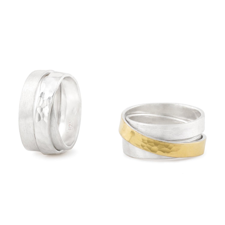 Wickelring in zwei Versionen, aus nachhaltigem Silber und Gelbgold 900.